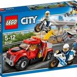 Конструктор Lego City Побег на буксировщике 60137