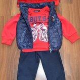 Демисезонный костюм тройка с жилеткой на меху для мальчиков. Р-Ры 1-5 лет. Венгрия. Качество Супер