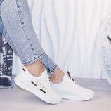 Женские белые кроссовки Gucci