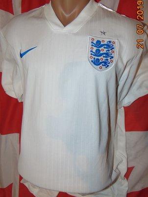 Спортивная фирменная футбольная футболка Nike зб Англии .м-л .