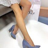Женские туфли замшевые на каблуке