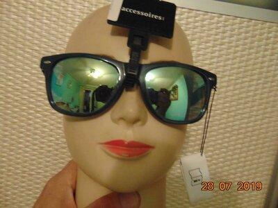 Стильние фирменние солнцезащитние очки окуляри Германия бренд C&A Кунда .м-л-хл