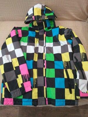 Продам в идеальном состоянии,фирменную Quiksilver, горнолыжную термо куртку, 50-54 р.