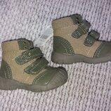 Нові чобітки ботінки сапожки черевички ботинки сапоги Mothercare