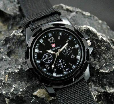 Мужские армейские наручные часы Swiss Army black