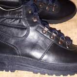 28 см кожа новые ботинки Lussiosso Германия вся стелька 28 с носка, высота от пола 17 подошва 10.3