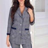 Брючный костюм Модель 2004 Стильный деловой женский брючный костюм. Классические брюки и пиджак по