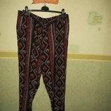 Легкие брюки с красивым орнаментом.Индия.