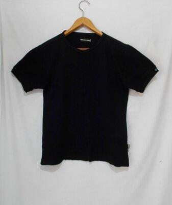 Новая футболка черная Closed 52-54р