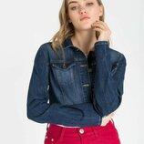 Продам новую женскую джинсовые укороченную куртку пиджак жакет