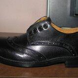 Фирменные туфли в школу р. 33-34, ст. 21, 5 см. Состояние новых
