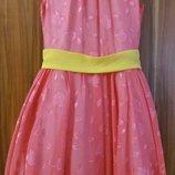 Платье нарядное в идеале на 146-152 см