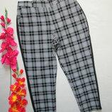 Крутые модные стильные укороченные брюки в клетку с лампасами высокая посадка Primark.