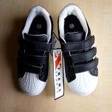 Оригинальные кроссовки новые