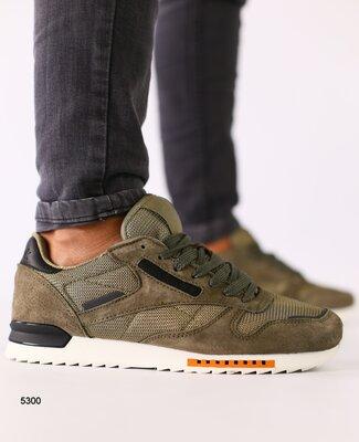 Код 5300 Мужские кроссовки замшевые цвета хаки с черными кожаными вставками размеры 41-46 Сезон д