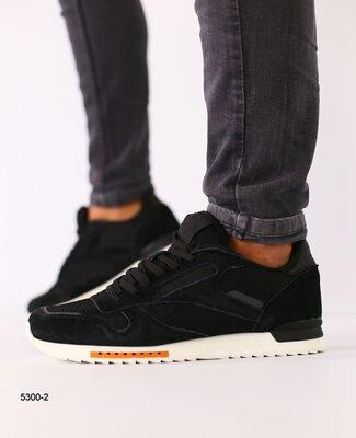 Код 5300-2 Мужские кроссовки замшевые черные с черными кожаными вставками размеры 41-46 Сезон дем