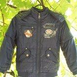 Куртка демисезонная для мальчика 6-7 лет