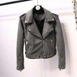 Женская замшевая куртка косуха графит темно серая
