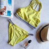 Стильный купальник модного цвета от New Look