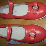 Новые Туфли закрытые Легкие,красивые и Качественные для модной девочки