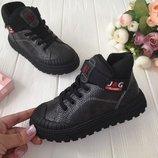 Очень крутые деми ботинки для мальчиков фирма JG