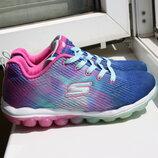 Яркие кроссовки на девочку Skechers 33.5 размер