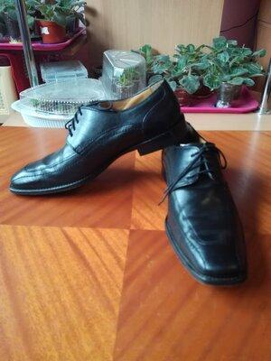 Туфли мужские Bata, новые