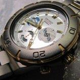Часы мужские ORIENT CRV01001WO Япония , кварцевый механизм Ориент Япония , полностью титановые