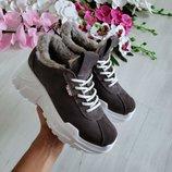 Супер новинка Мега качественные натуральные кожаные кроссовки на легкой подошве