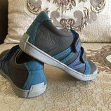 туфлі POnte20, повністю шкіра, висока якість 28-33р