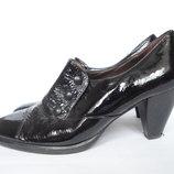 Туфли на широкую ножку р.40