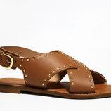 Шикарні шкіряні босоніжки Caroll, Італія-Оригінал