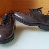 Модные женские туфли Clarks лаковая кожа