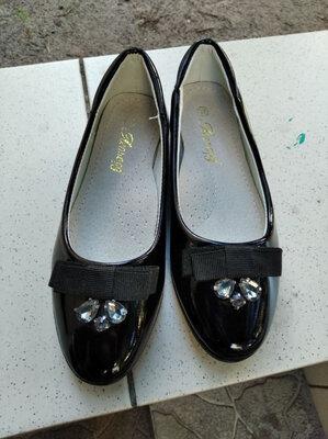 Красивые школьные балетки, школьные туфли для девочки
