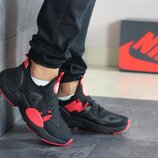 Кроссовки мужские Nike Air Huarache, черные с красным
