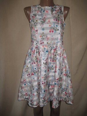 Красивое платье George 12-13л,