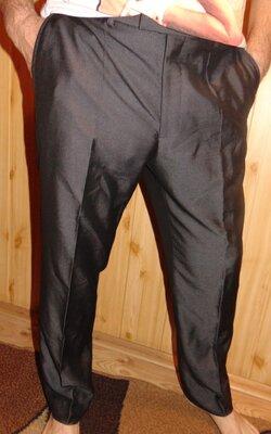 Брендовие нарядние стильние брюки штани George л-хл .34 .