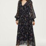 Платье с рисунком и оборками H&M TREND S вискоза черный цветы