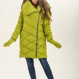 Пальто Куртка зимняя с рукавицами, от производителя Цвета много фото Глубокий капюшон с огромным в