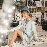 Платье из шелка Армани в принт аисты голубого цвета