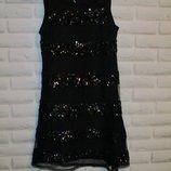 Нарядное платье в пайетках