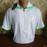 Мужская пайта с коротким рукавом бренда Adidas