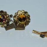 интересный набор запонки и зажим для галстука с камнями металл позолота винтаж