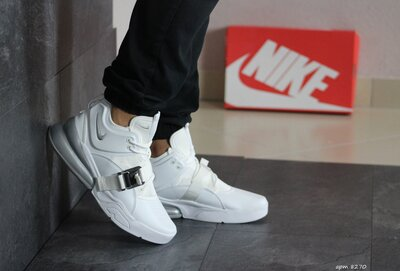 Кроссовки мужские Nike Air Force 270 белые 8270