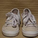Бесподобные комбинированные кожаные кроссовки IKKII Швейцария 39 р.