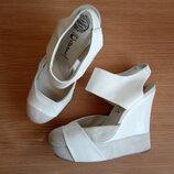 Стильные закрытые кожаные туфли-босоножки 41 р. 27 см. Jeffrey Campbell эксклюзив