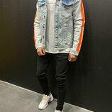Стильная мужская джинсовка с лампасами s-m-l-xl