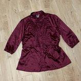 Красивая атласная блуза размер с-м
