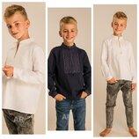 Вишиванка для мальчика из льна белым по белому, молочная, темно -синяя