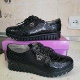 Туфли черные лаковые для девочки размер 31